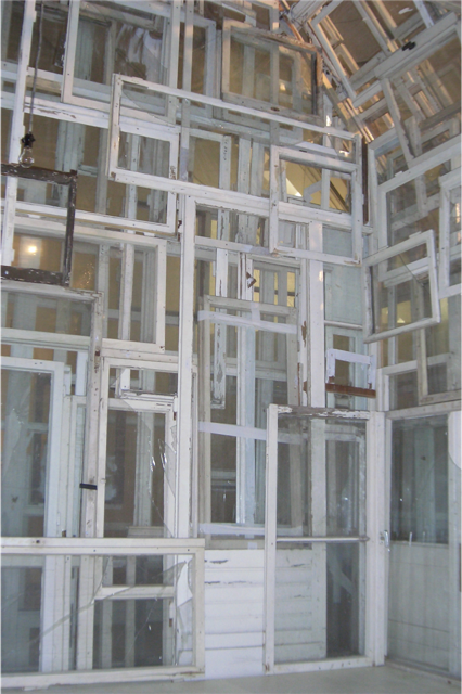 Chiharu Shiota, Windows House: Dreitte Haut (The Third Skin) (Partial), 2005.