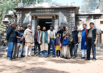 K.G. Subramanyan and Others in Front of the Mastermoshai Studio Mural