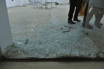 Per Square Meter · Glass (Exhibition View)