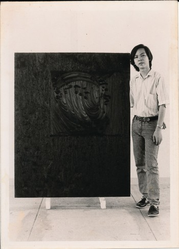 Ruel Rilloraza with His Works