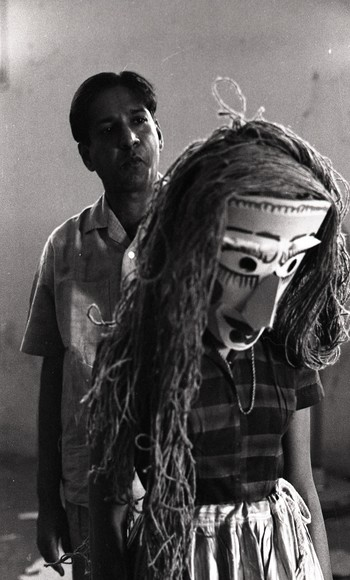 K.G. Subramanyan Preparing for the Live Puppet Show for Fine Arts Fair, 1968