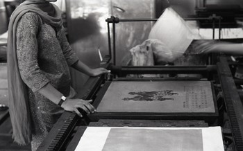 Preparation for the Fine Arts Fair 1968 at the Printmaking Studio