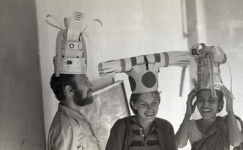 Jyotsna Bhatt with Friends Preparing for the Fine Arts Fair, 1968.