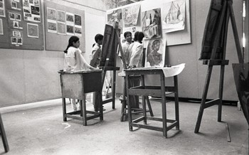 K.G. Subramanyan with Students at the Department of Painting