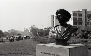 Sculptures and Murals in Baroda