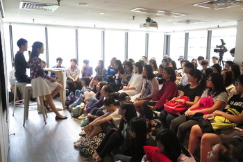 "Image: AAA University volunteers conducting the sharing session ""My Art Future"" for Secondary 5 and 6 students, 2015."
