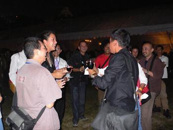 Tiffany Pinkstone with FX Harsono, Enin Supriyanto, Titarubi, Biantoro Santoso, Handiwirman and Agu
