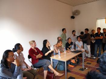 Rirkrit Tiravanija, Po Po, Mella Jarrsma, Gridthiya Gaweewong, Nidityo Adipurnomo, Dinh Q. Le, Tran Luong, Kamol Phaosavadi, Do Thi Tuyet Mai & Dang Hoang Giang (left to right)