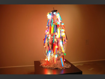 Electric Dress, 1956 (reconstruction in 1986), Tanaka Atsuko.