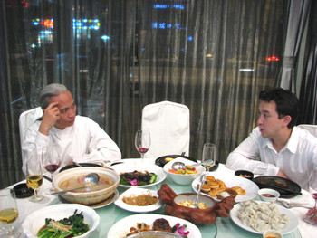 Liu Dan and Colin Chinnery at dinner.