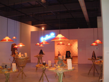 Kungyu LIEW, The Arrival of Puteri Oriental (Exhibition View), 2002