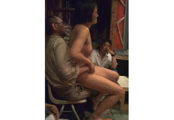 Body dialogue with Japanese men, 2008, performance