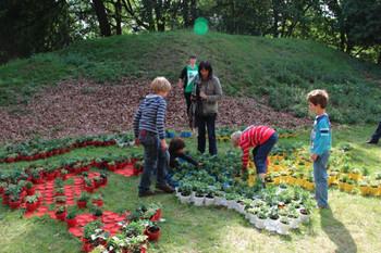Nous ne notons pas les fleurs, Fort Ruigenhoek, 2011 (in progress),