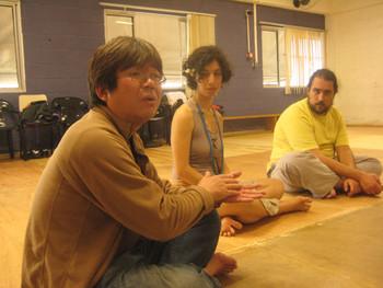 Image: Arai Shinichi (left).