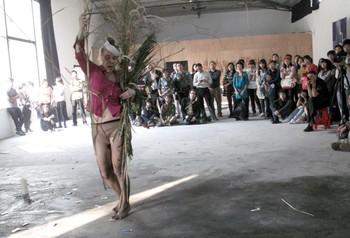 Barbara Sturm, For Skulo, performance