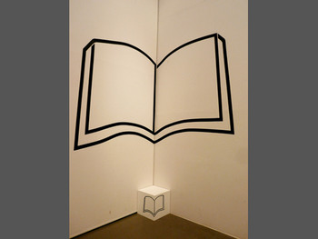 Myungseop Hong, Topological Drawing, 1983 (reproduced in 2010), tape on wall, box