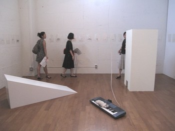 Drawing and installation works by Tam Ochiai. Presented at BankART Studio NYK