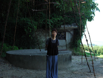 Noe Aoki (Japan) in front of her works
