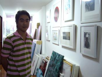 Artist Kitikong Tilokwattanotai, founder of Chiang Mai Art on Paper.