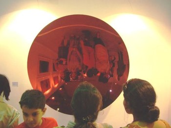 Viewers bedazzled by Anish Kapoor's work at the Lisson Gallery (London)