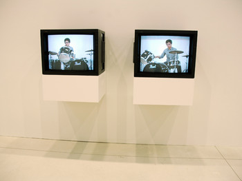 Tim Lee, Retrospective Public Enemy, 1988–91, 2006, video installation, Shinko Pier.