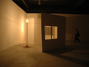 Tony Conrad, Brunelleschi, 2008, installation, Shinko Pier.