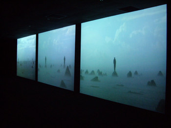 Charly Nijensohn, El Naufragio de los Hombres, 2008, three channel video installation.