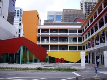 8Q sam, new wing of Singapore Art Museum for contemporary art.