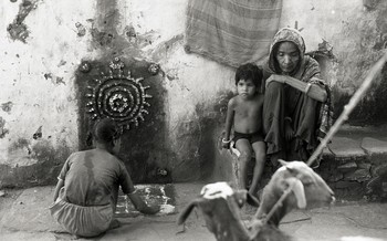 Sanjhi Art from Agra, Mathura and Gwalior (1992)—Reel 02