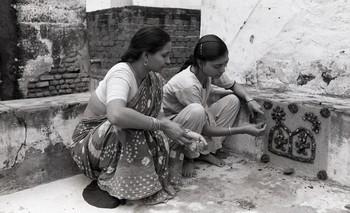 Sanjhi Art from Agra, Mathura and Gwalior (1992)—Reel 07