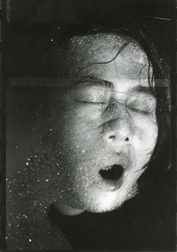 LXT 05286 作品:《1994年4月30日》作者:朱冥 摄影:荣荣 1994.12