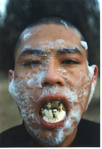 LXT 05455  摄影:胡军军 《泡沫》1998.北京 张洹