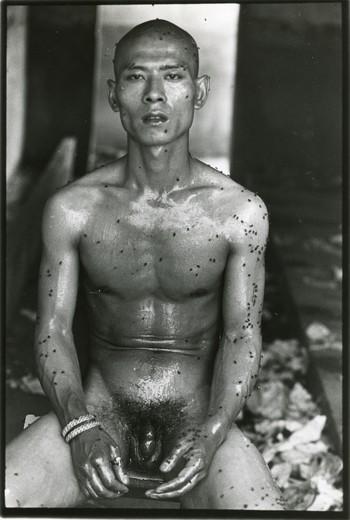 LXT 05477 《十二平方米》1994-5-3 ZHANG HUAN 张洹 摄影:艾未未