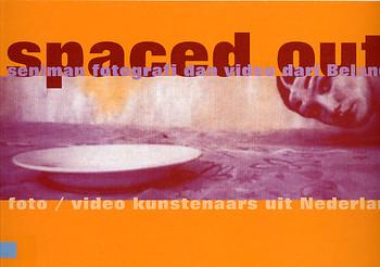 Spaced Out: 7 Seniman Fotografi dan Video Dari Belanda