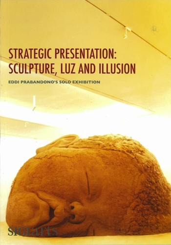 Strategic Presentation: Sculpture, Luz and Illusion