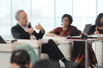 Image: Speaker Hans Ulrich Obrist (Left), Gayatri Sinha (Right)