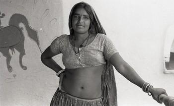 Mandana Paintings (1985)—Reel 02