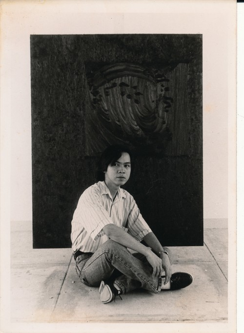 Ruel Rilloraza with His Work
