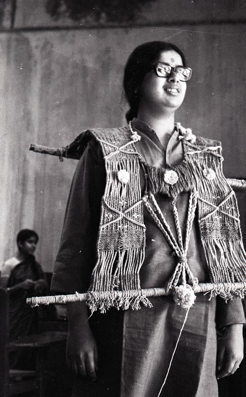 Mrinalini Mukherjee During the Preparation for the Fine Arts Fair, 1969