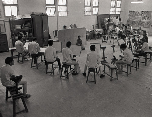 Image: Jyoti Bhatt, Documentatation of Life Study Class at the Department of Painting, 1970.