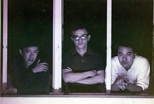 Image: Hon with Circle Art Group members Van Lau (left) and  David Lam Chun-fai (right) in 1964. Courtesy of Choi Yan-chi.