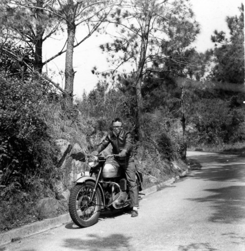 Image: Hon with his motorcycle in the late 1950s. Courtesy of Choi Yan-chi.