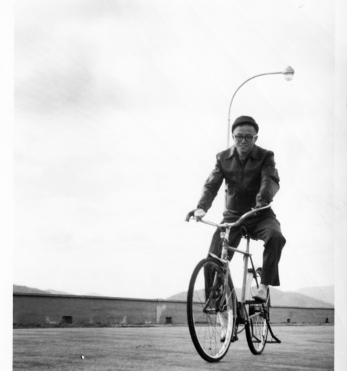 Image: Hon riding a bicycle in the 1950s. Courtesy of Choi Yan-chi.