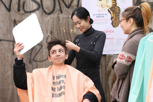 Image: Ga Ram Kim, <i>ACS#2: the AGENDA hair salon</i>, 2016, Düsseldorf-Projekt, haircut performance. Courtesy of the artist.