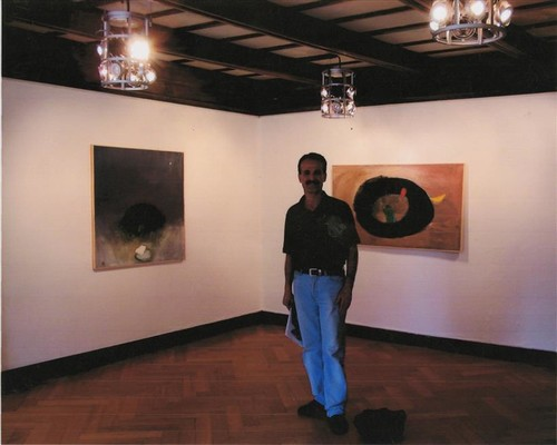 Image: Artist Hosni Radwan at the opening of the exhibition. A photo from his personal archive.