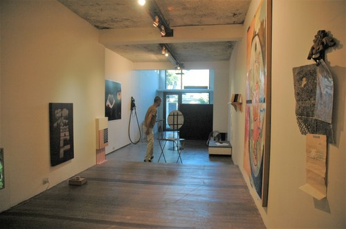 Image: Installation view of <i>Missing Vocabularies</i>, a group show curated by Poklong Anading at Green Papaya Art Projects in August 2005.