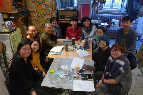 Image: Participating artists and working group members of Talkover/Handover 2.0.