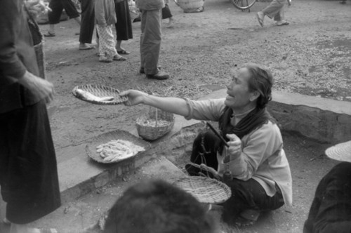 Fig. 26. Wang Miao, Woman Selling Fish, 1974