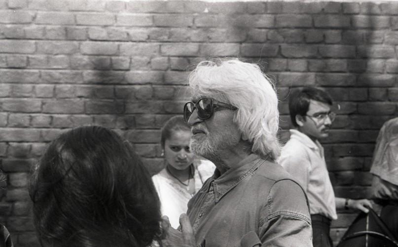 Photographs of M.F. Hussain in Doshi Gufa