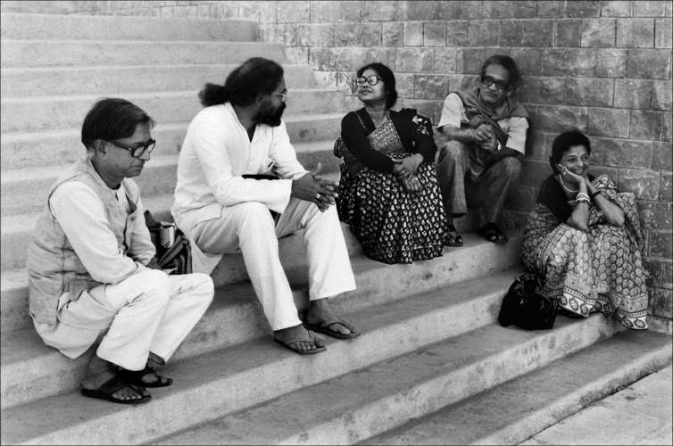 Photograph of K.G. Subramanyan, Paramjeet Singh, Arpita Singh, Jeram Patel, and Jyoti Pandya